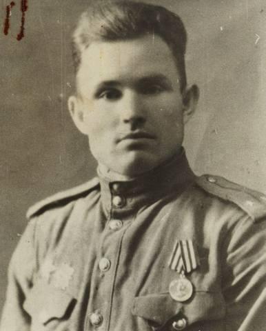 Бобров Иван Иванович 27277231_m