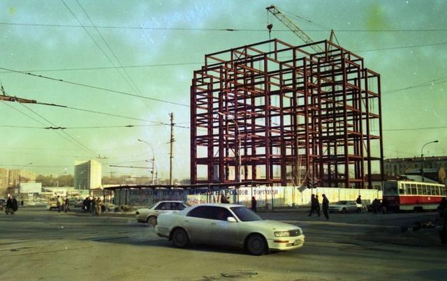 http://images.vfl.ru/ii/1563989839/3a5ae9b6/27321406_m.jpg