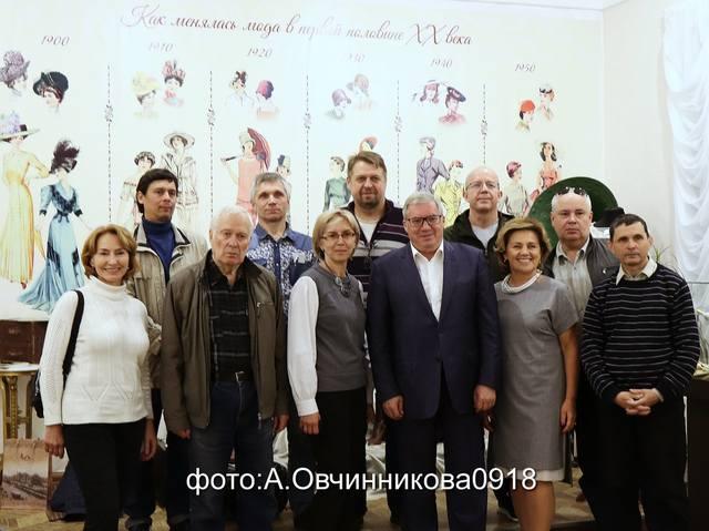 http://images.vfl.ru/ii/1565981636/0ddc55ac/27563682_m.jpg