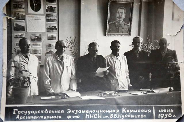 http://images.vfl.ru/ii/1567793114/25538774/27781635_m.jpg