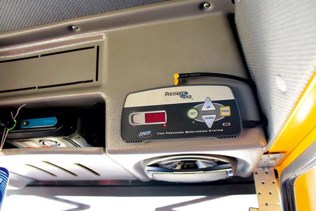 Система контроля давления и температуры в шине