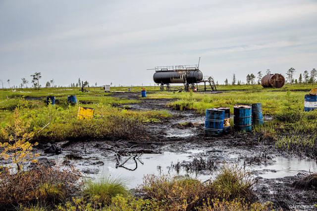 Нефтяной разлив на суше