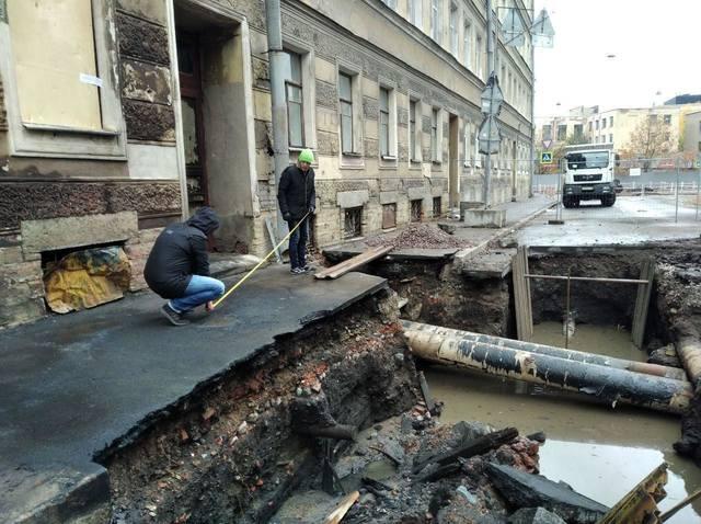 http://images.vfl.ru/ii/1570642210/aa9911e4/28133634_m.jpg