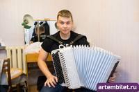 http://images.vfl.ru/ii/1570804065/438661da/28157926_s.jpg