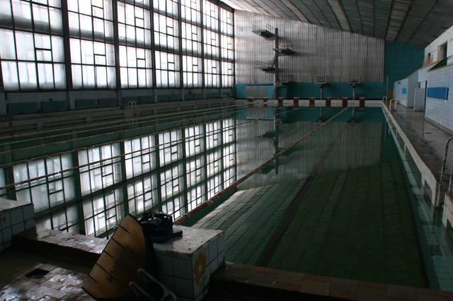 http://images.vfl.ru/ii/1570903502/8d055343/28169805_m.jpg