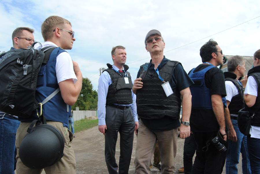 http://images.vfl.ru/ii/1571554342/115249bb/28254685.jpg