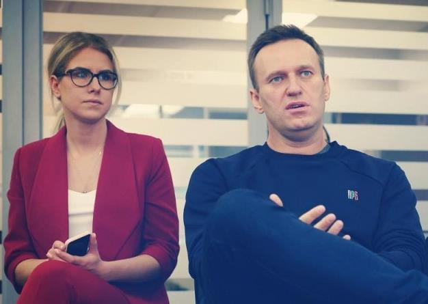 Арбитраж Москвы взыскал с Соболь и Навального почти ₽88 млн в пользу «повара Путина»