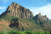 Скальные горы в парке Зайон, шт. Юта. Фото Морошкина В.В.