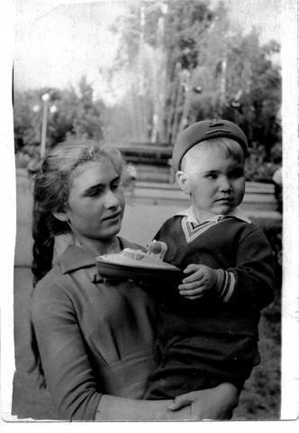 http://images.vfl.ru/ii/1573020109/c29e796e/28463483_m.jpg
