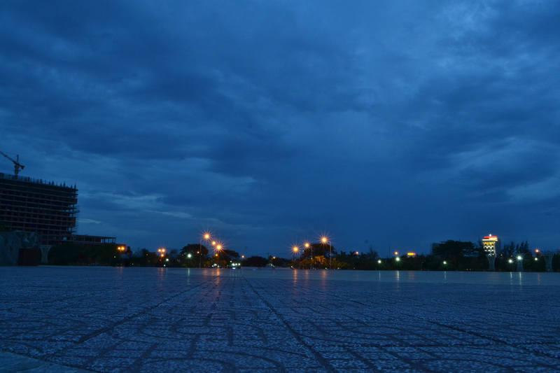 http://images.vfl.ru/ii/1573052762/3cdeba0d/28468438_m.jpg