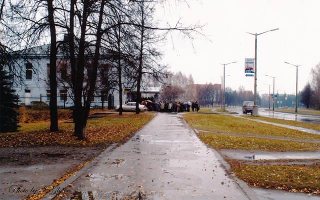 http://images.vfl.ru/ii/1574946085/23ee1745/28727297_m.jpg