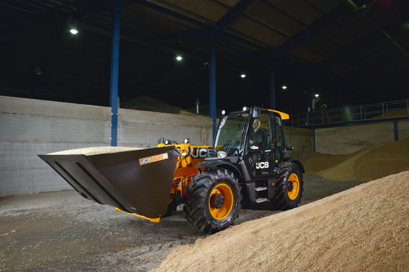 Новый зерновой ковш JCB
