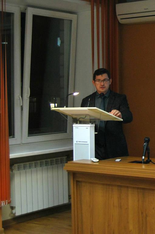 Начальник отдела планирования бюджета и целевых программ департамента градостроительства Евгений Алексеев