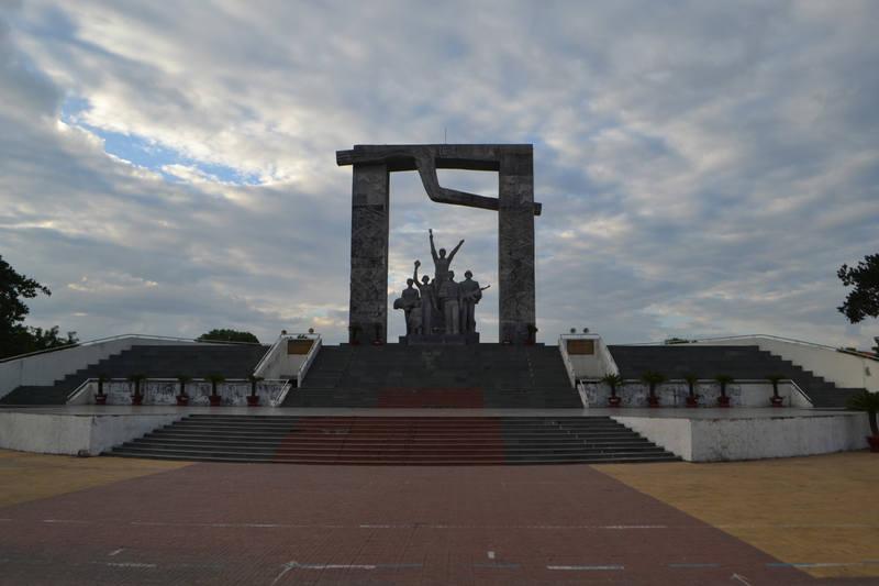 http://images.vfl.ru/ii/1575270760/6ec8fac4/28771713_m.jpg