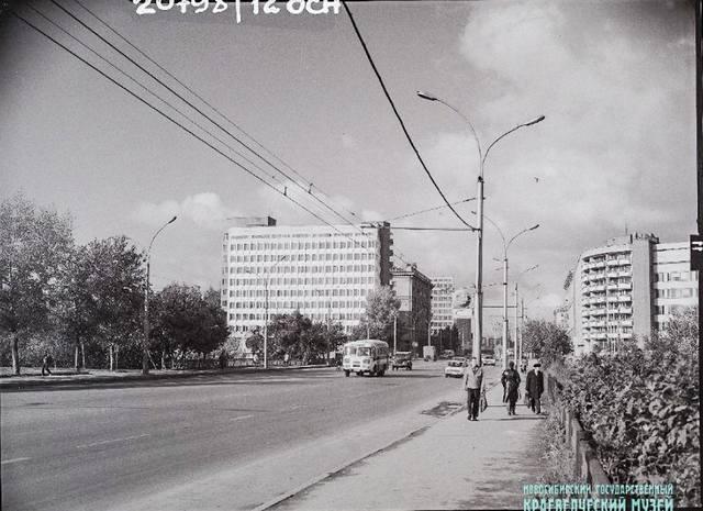 http://images.vfl.ru/ii/1576953439/f3a5e0fd/28985190_m.jpg