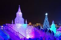 Ледяные стены Кремля в Парке Победы. Фото Морошкина В.В.