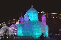 Ледяная модель храма Христа-Спасителя в Парке Победы. Фото Морошкина В.В.