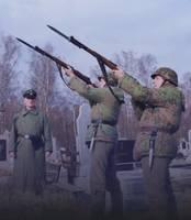 похороны ветерана СС в Ивано-Франковске. Ружейный салют