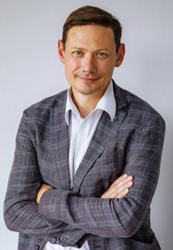 Директор по развитию группы компаний Element,  ООО «Майнинг Элемент»,  Марат Абдурахимов