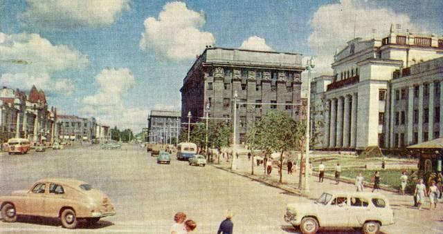 http://images.vfl.ru/ii/1582412158/8b84ff90/29667044_m.jpg