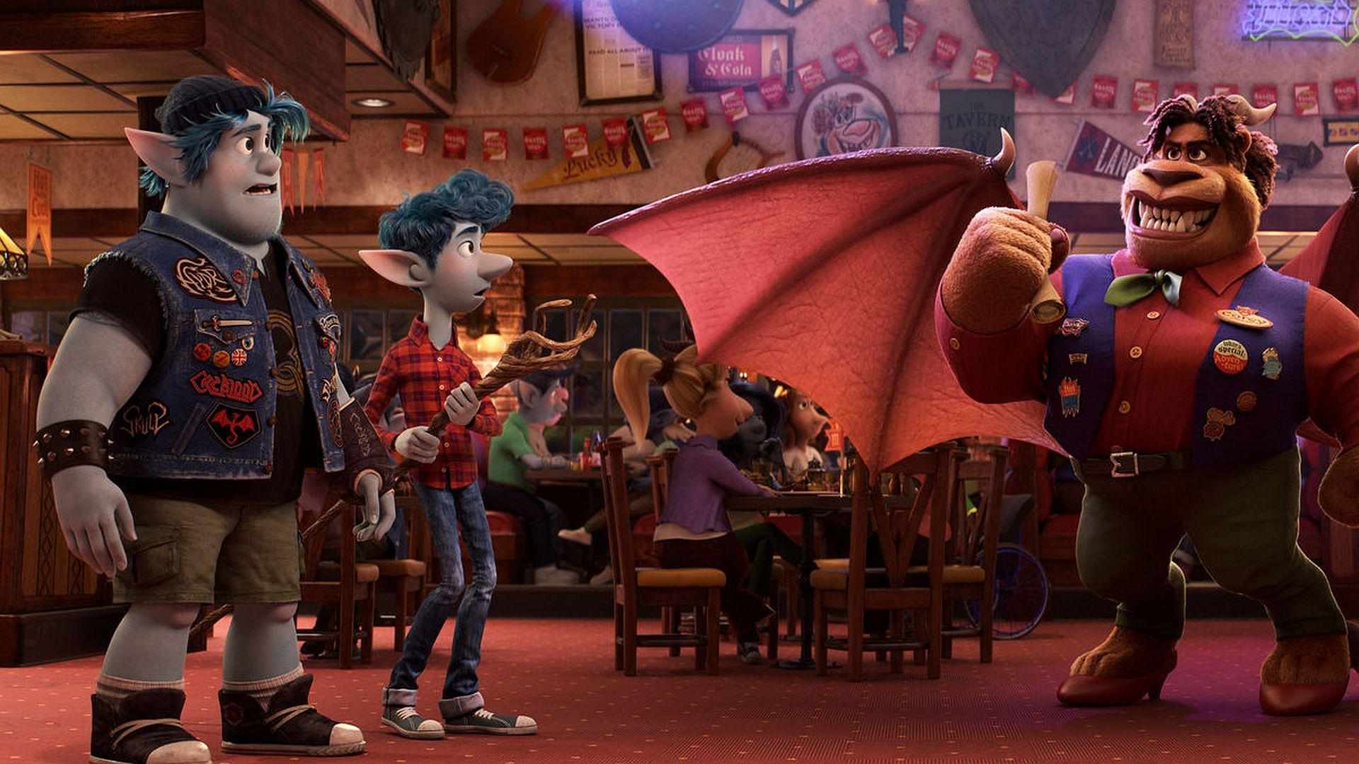 Новый мультфильм Disney с персонажем-лесбиянкой забанили в нескольких странах