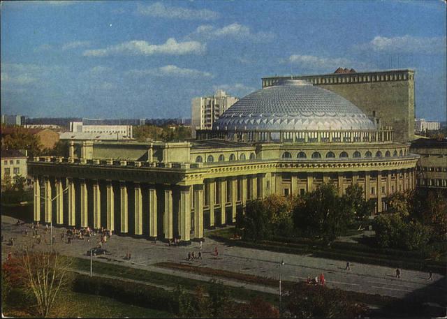 http://images.vfl.ru/ii/1584022642/558d663e/29852388_m.jpg