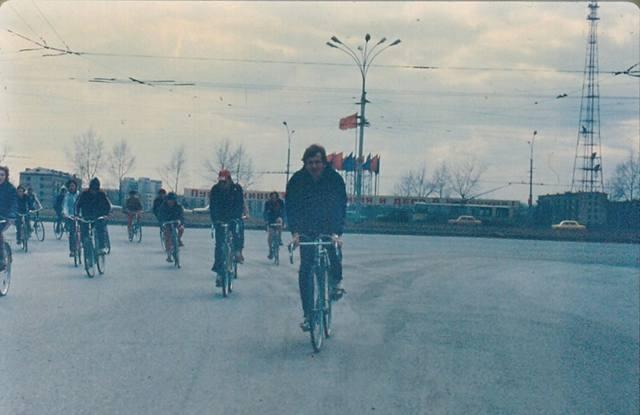 http://images.vfl.ru/ii/1584537345/8d4e5864/29915177_m.jpg
