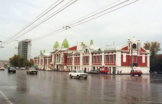 http://images.vfl.ru/ii/1585513945/8ef81aaf/30046388_m.jpg