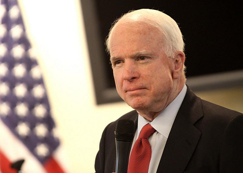 Сенатор от республиканской партии Джон Маккейн.