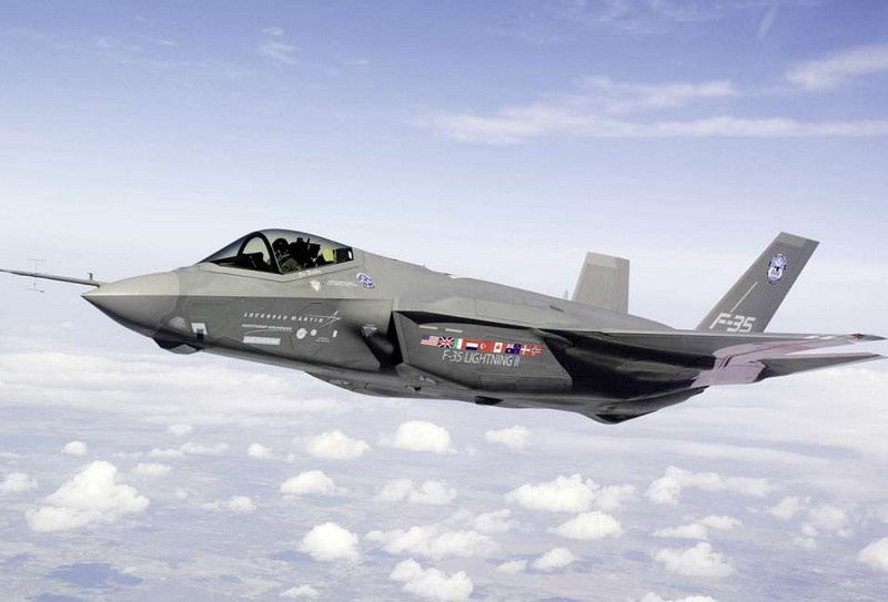 Последние F-35 сертифицированы в США как носители термоядерных бомб В-61-12.