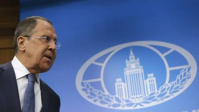 Российский канцлер отвергает блокаду США на Кубе