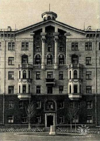 http://images.vfl.ru/ii/1587310347/07d56a2f/30267089_m.jpg