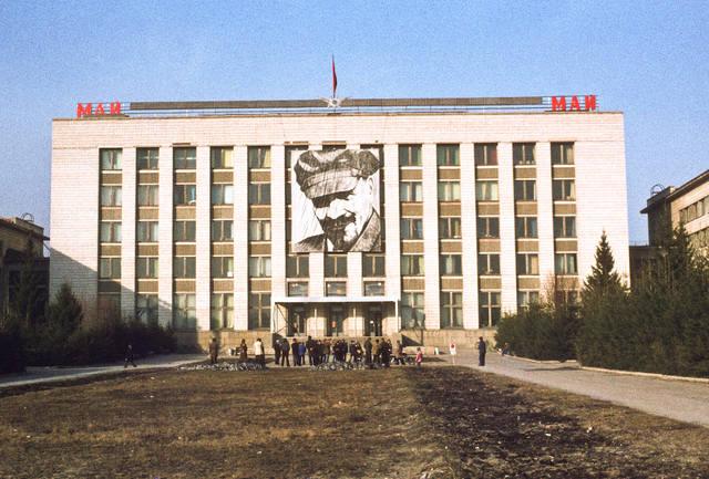 http://images.vfl.ru/ii/1588066626/4e325ee3/30351780_m.jpg