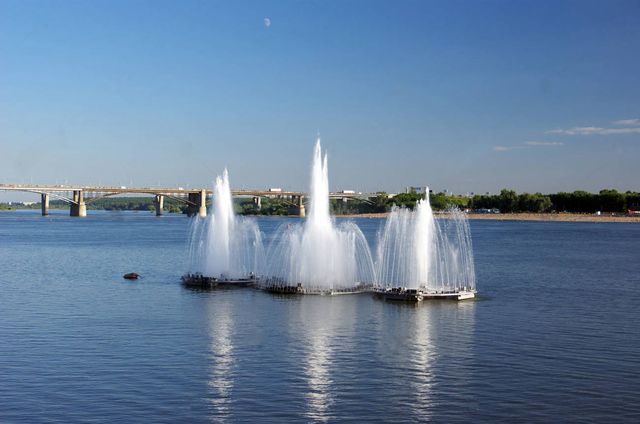 http://images.vfl.ru/ii/1588160489/692c460f/30363139_m.png
