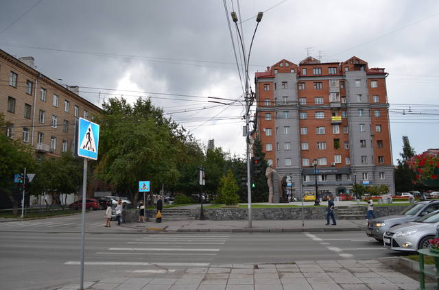 http://images.vfl.ru/ii/1588265322/1232d83b/30375476_m.jpg