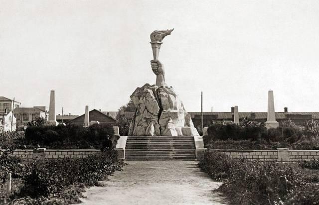 http://images.vfl.ru/ii/1589339755/aac2f0b1/30495201_m.jpg