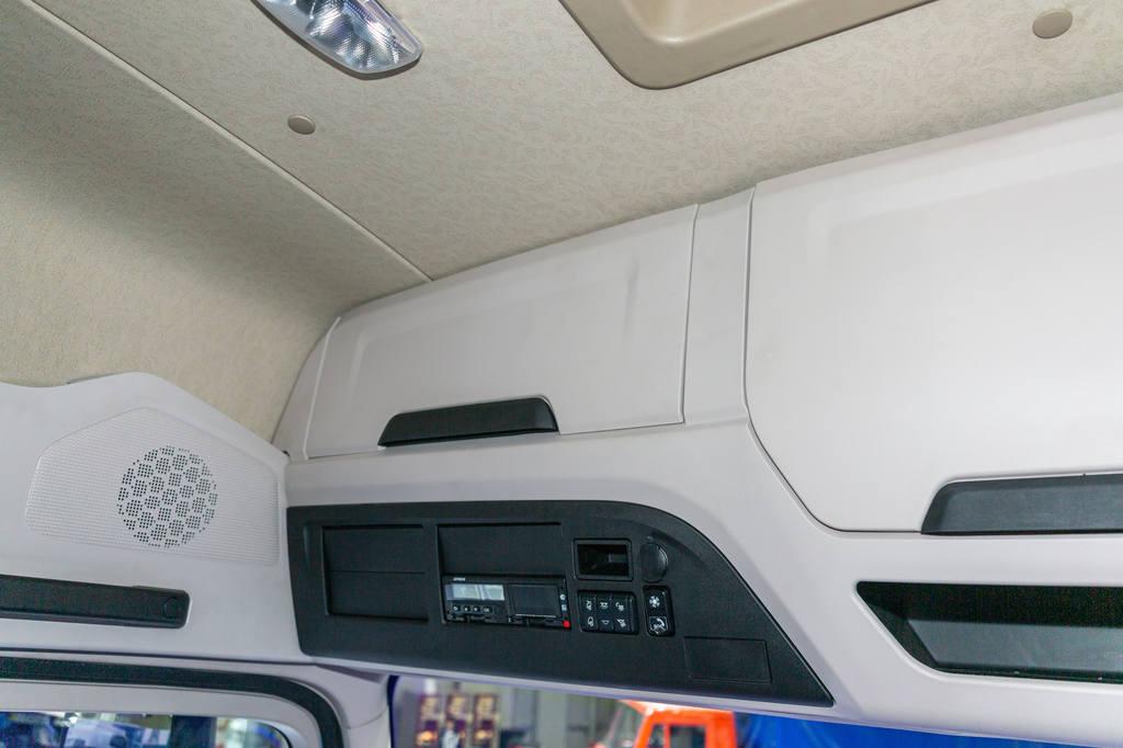 Верхняя часть кабины КамАЗ-54901