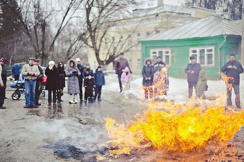 http://images.vfl.ru/ii/1593421007/81957bb3/30940839_m.jpg