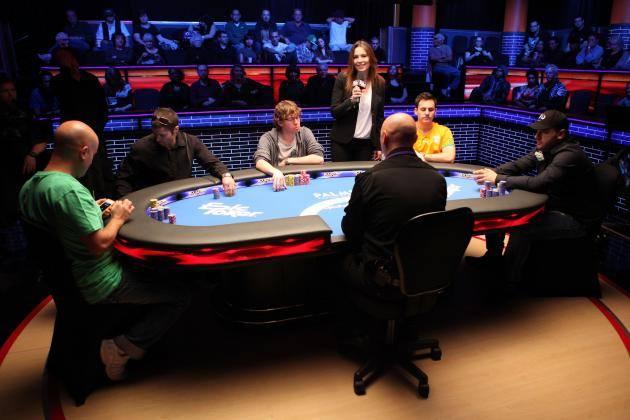 в турниры по покеру можно отобраться через фрироллы
