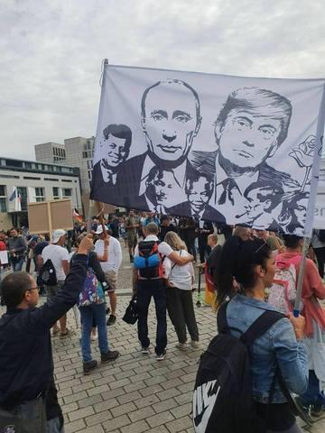 http://images.vfl.ru/ii/1598696087/0b92f77f/31479000_m.jpg