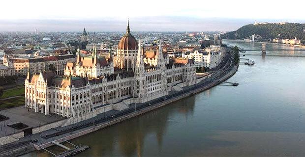 Возобновила работу Венгерская служба Радио Свободная Европа/Радио Свобода - Новости радио OnAir.ru