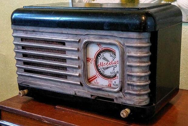 «Ламповый звук». Пермский коллекционер собрал около 100 советских радиоприемников и магнитол - Новости радио OnAir.ru