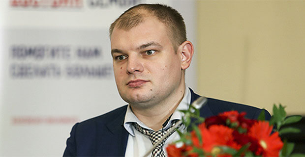 Главред «России 24» поздравил друга и пожелал башням-близнецам «гореть к ****» - Новости радио OnAir.ru