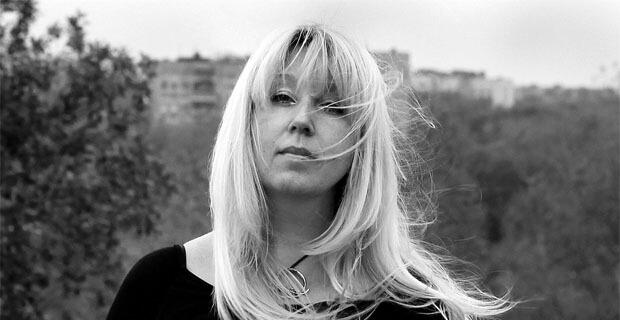СК снова возобновил проверку в связи с самосожжением журналистки Ирины Славиной после обыска - Новости радио OnAir.ru