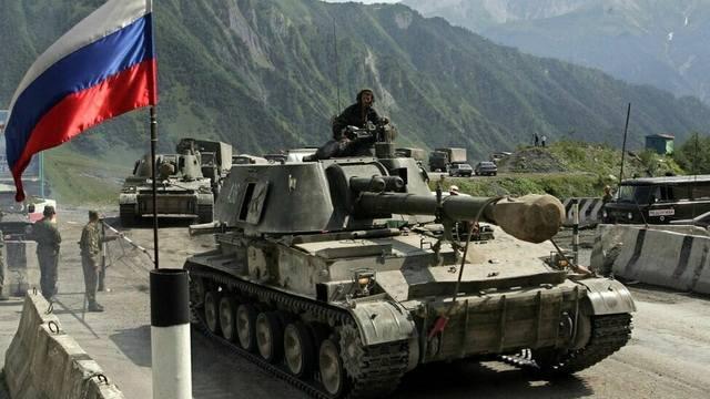 Швеция увеличивает расходы на оборону из-за угрозы со стороны России [В Мире]
