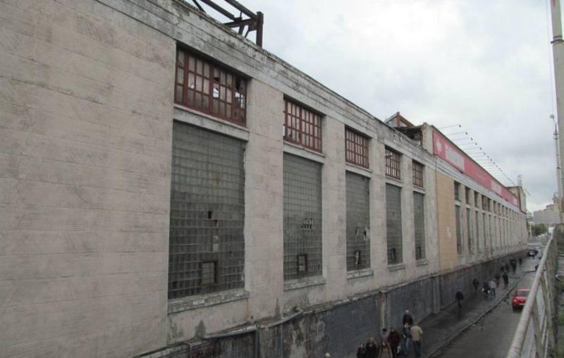 Корпус завода «Большевик»