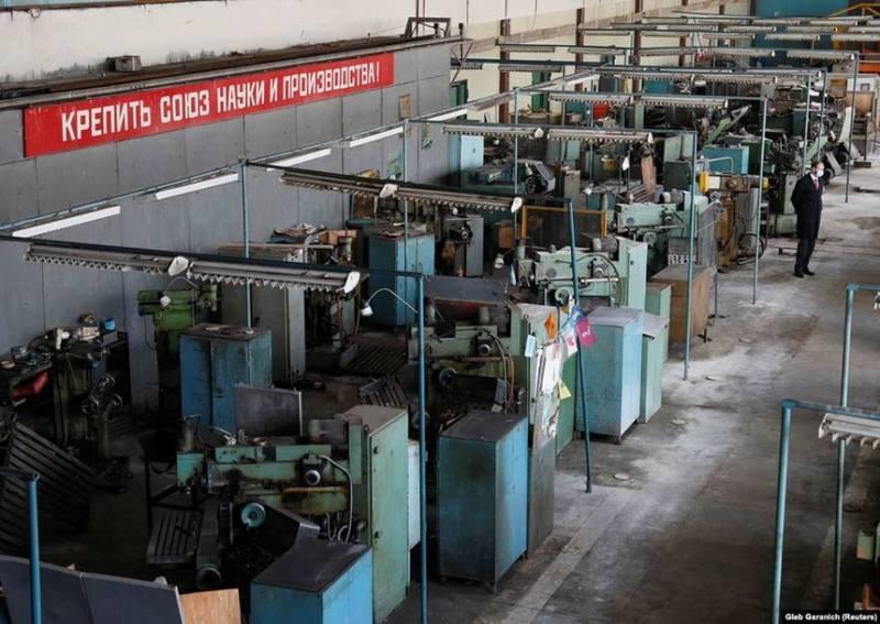 Заброшенные цеха завода «Буревестник» по производству аппаратов ИВЛ