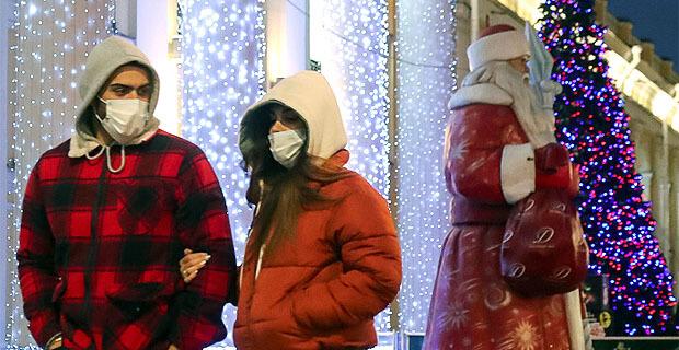 Почти 40% жителей России не планируют смотреть «новогодние огоньки» - Новости радио OnAir.ru