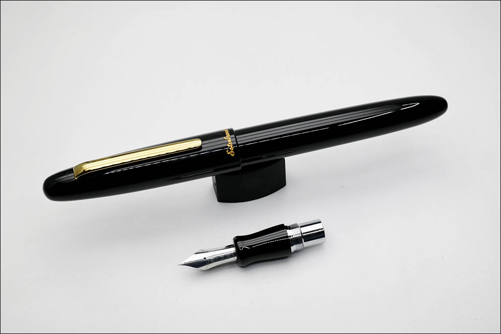 Esterbrook MVA-E101 with 9128 EF flexible nib. Lenskiy.org
