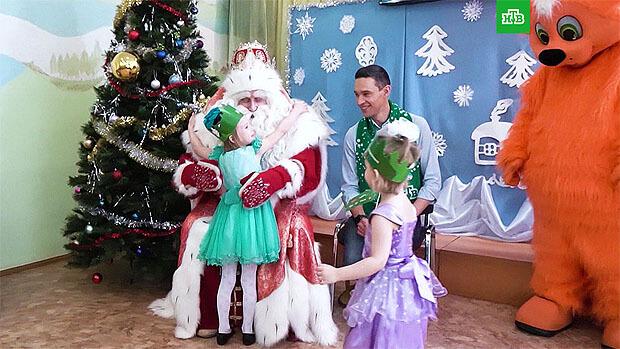 «Путешествие Деда Мороза с НТВ» проходит при поддержке Детского радио - Новости радио OnAir.ru